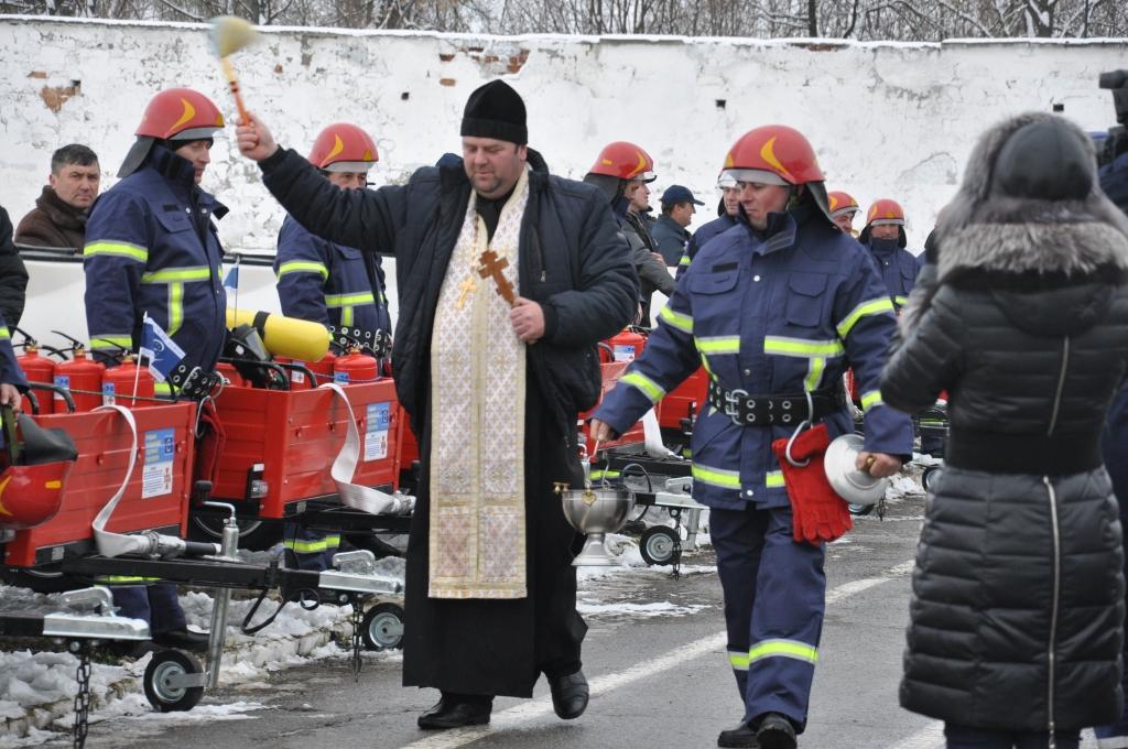http://dunrada.gov.ua/uploadfile/archive_news/2017/12/05/2017-12-05_5412/images/images-77287.jpg