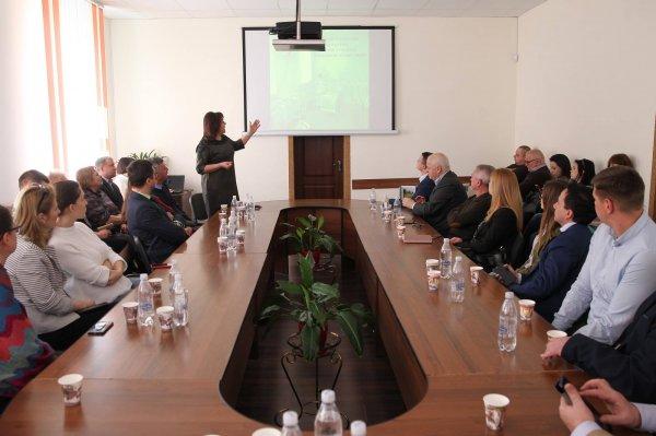 http://dunrada.gov.ua/uploadfile/archive_news/2019/04/03/2019-04-03_4387/images/images-51132.jpg