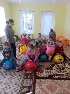 http://dunrada.gov.ua/uploadfile/archive_news/2019/04/04/2019-04-04_2506/images/images-75195.jpg