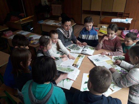 http://dunrada.gov.ua/uploadfile/archive_news/2019/04/16/2019-04-16_5838/images/images-60173.jpg