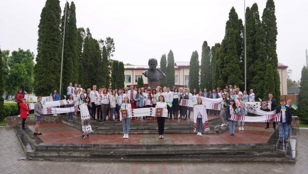 http://dunrada.gov.ua/uploadfile/archive_news/2019/05/16/2019-05-16_3182/images/images-28213.jpg
