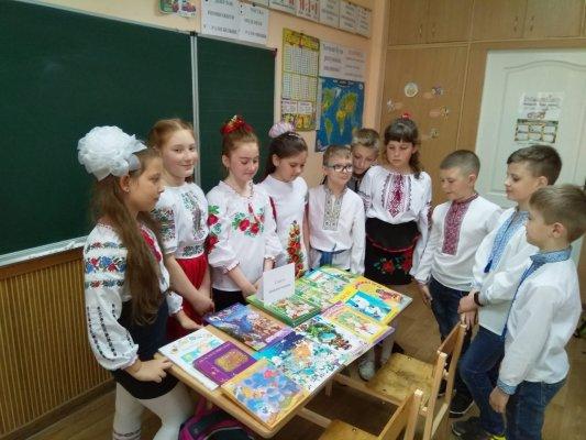 http://dunrada.gov.ua/uploadfile/archive_news/2019/05/16/2019-05-16_7316/images/images-4611.jpg