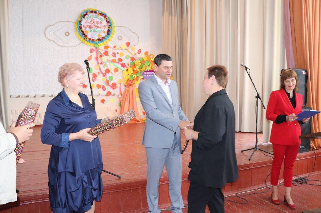 http://dunrada.gov.ua/uploadfile/archive_news/2019/10/03/2019-10-03_6102/images/images-21485.jpg