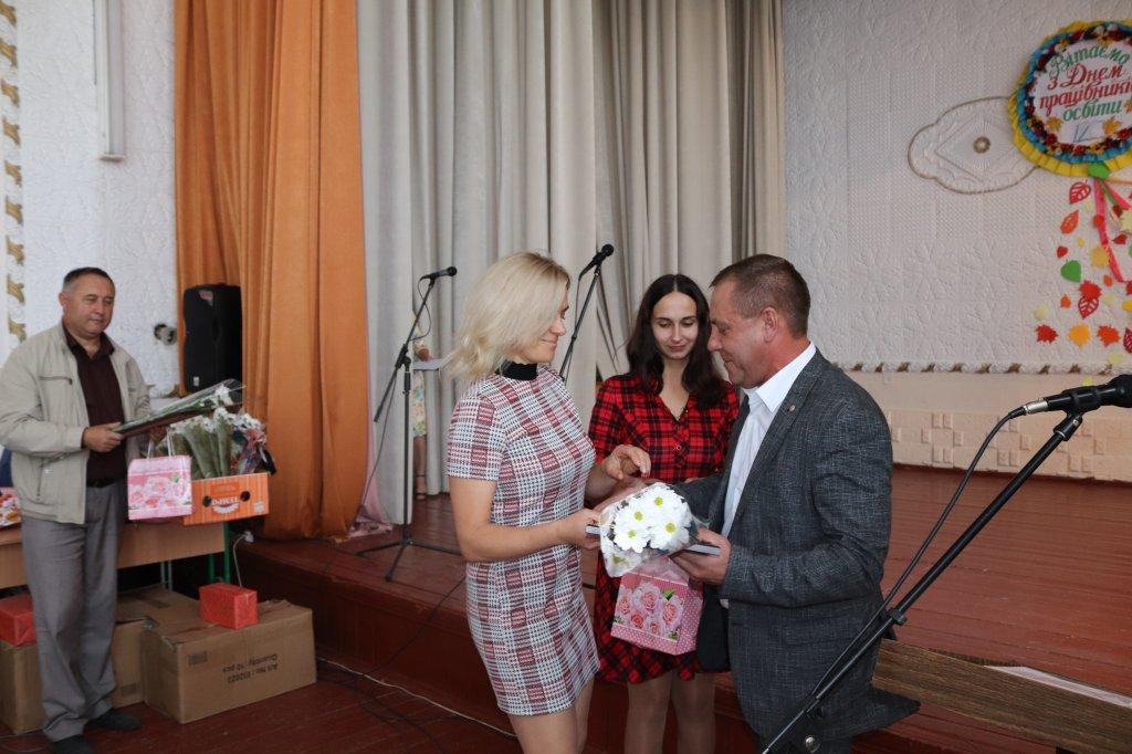 http://dunrada.gov.ua/uploadfile/archive_news/2019/10/03/2019-10-03_6102/images/images-47100.jpg