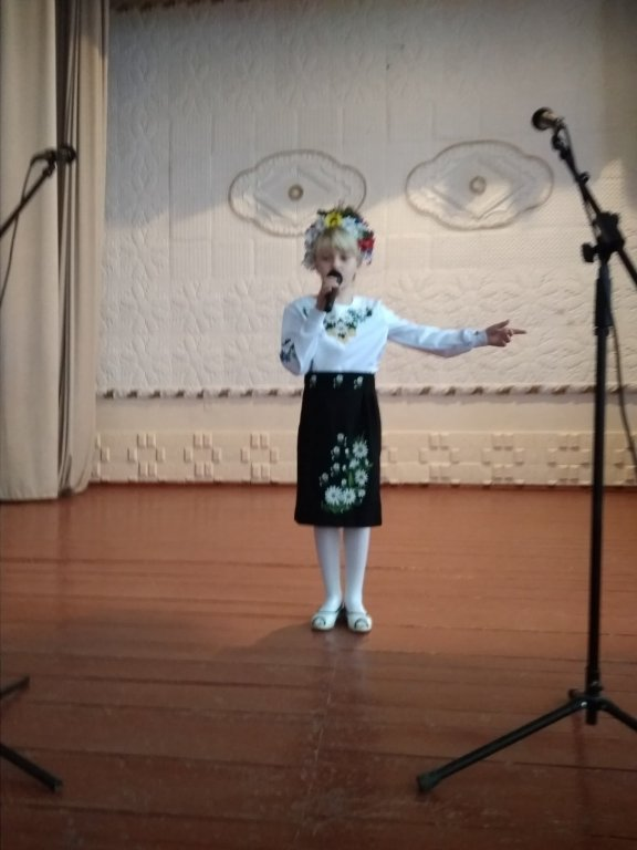http://dunrada.gov.ua/uploadfile/archive_news/2019/10/25/2019-10-25_2950/images/images-98168.jpg