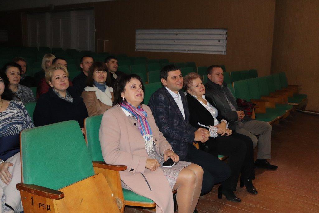 http://dunrada.gov.ua/uploadfile/archive_news/2019/11/08/2019-11-08_8778/images/images-25202.jpg