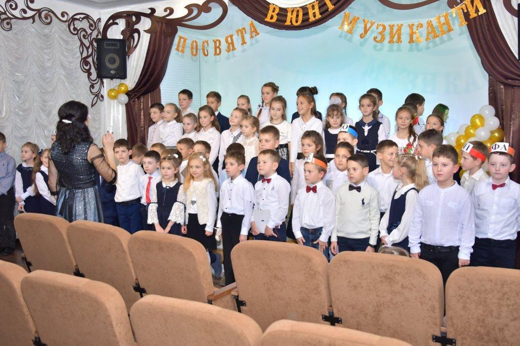 http://dunrada.gov.ua/uploadfile/archive_news/2019/11/15/2019-11-15_5741/images/images-17687.jpg