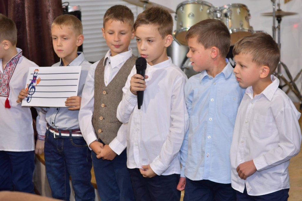 http://dunrada.gov.ua/uploadfile/archive_news/2019/11/15/2019-11-15_5741/images/images-19356.jpg