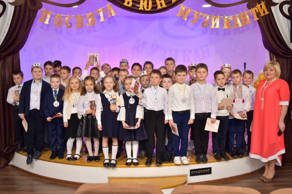 http://dunrada.gov.ua/uploadfile/archive_news/2019/11/15/2019-11-15_5741/images/images-34629.jpg
