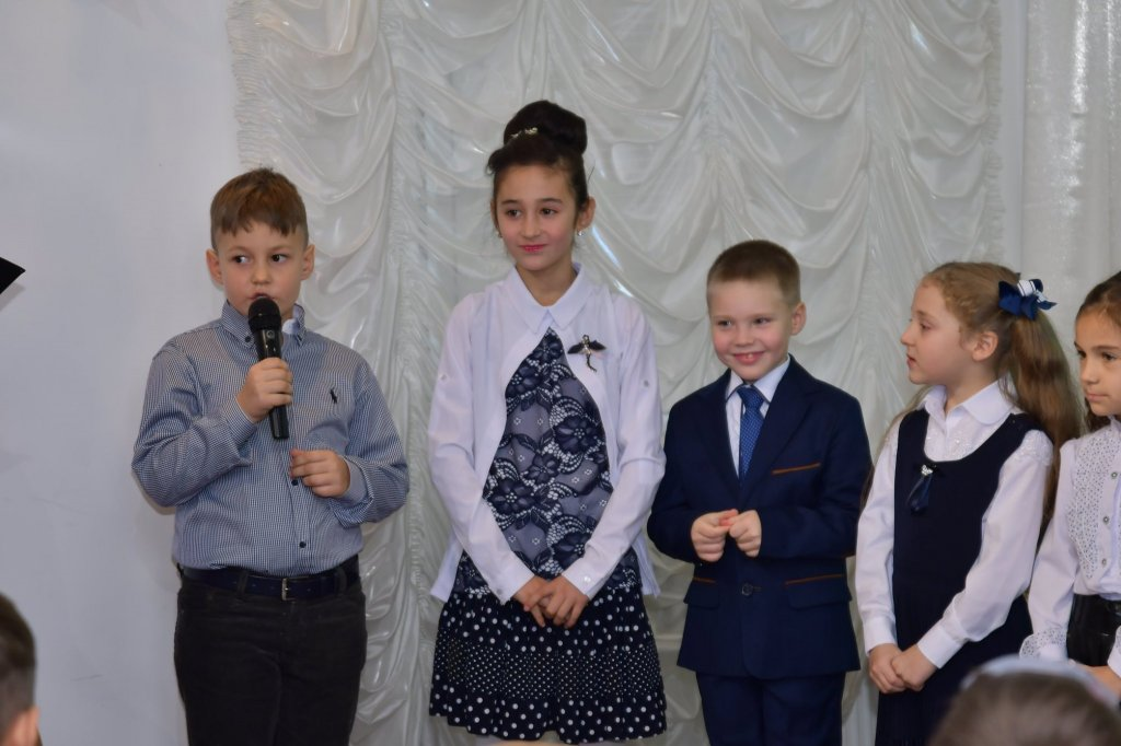 http://dunrada.gov.ua/uploadfile/archive_news/2019/11/15/2019-11-15_5741/images/images-62130.jpg