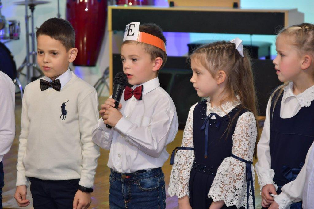 http://dunrada.gov.ua/uploadfile/archive_news/2019/11/15/2019-11-15_5741/images/images-88525.jpg