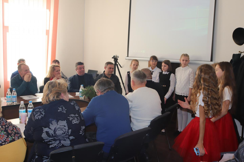 http://dunrada.gov.ua/uploadfile/archive_news/2019/12/06/2019-12-06_8320/images/images-39089.jpg