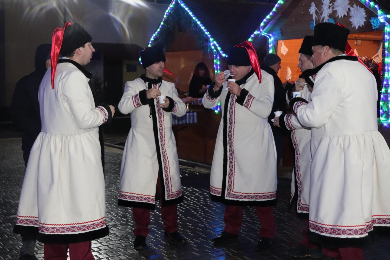 http://dunrada.gov.ua/uploadfile/archive_news/2019/12/26/2019-12-26_2102/images/images-41345.jpg
