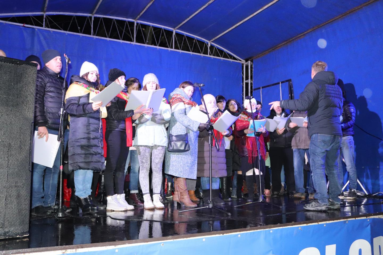 http://dunrada.gov.ua/uploadfile/archive_news/2019/12/26/2019-12-26_2102/images/images-57449.jpg