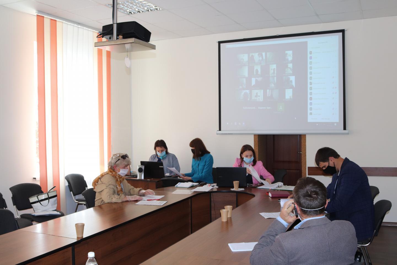 http://dunrada.gov.ua/uploadfile/archive_news/2020/05/14/2020-05-14_1257/images/images-35915.jpg