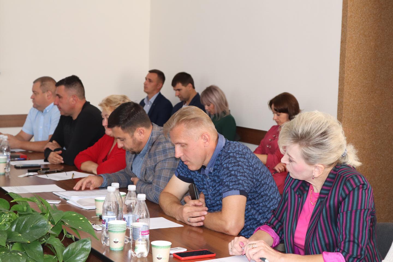 http://dunrada.gov.ua/uploadfile/archive_news/2021/09/08/2021-09-08_924/images/images-38086.jpg