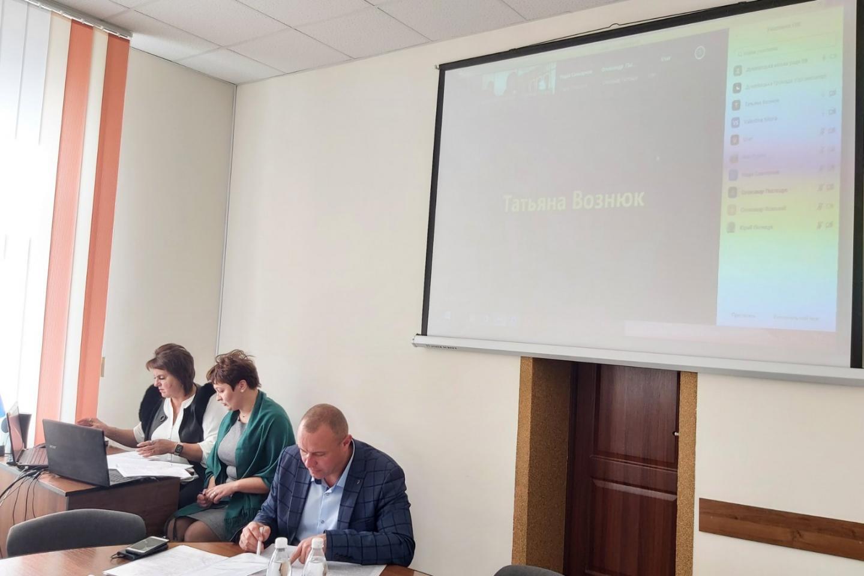 http://dunrada.gov.ua/uploadfile/archive_news/2021/10/11/2021-10-11_4663/images/images-1827.jpg
