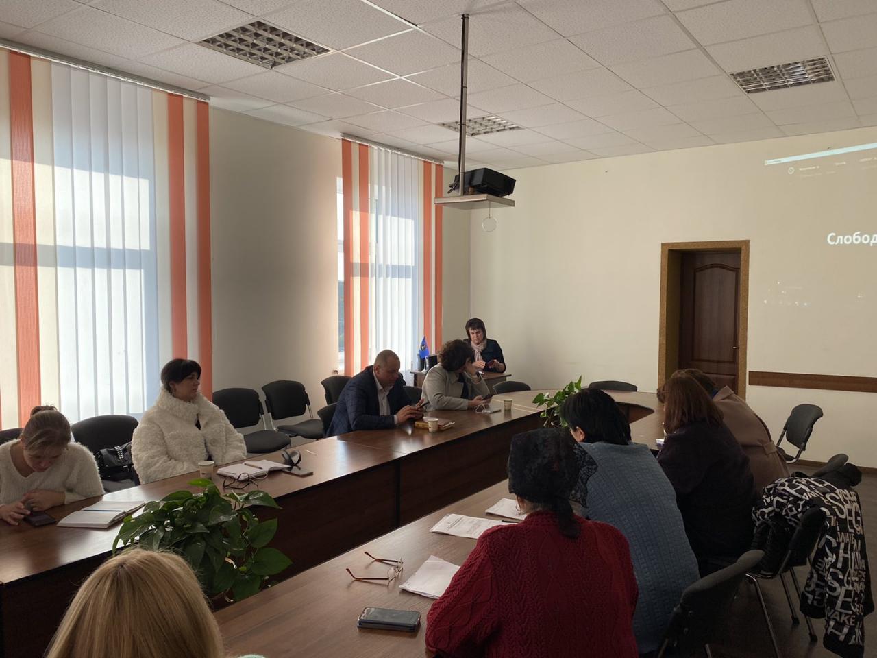 http://dunrada.gov.ua/uploadfile/archive_news/2021/10/13/2021-10-13_5675/images/images-2315.jpg